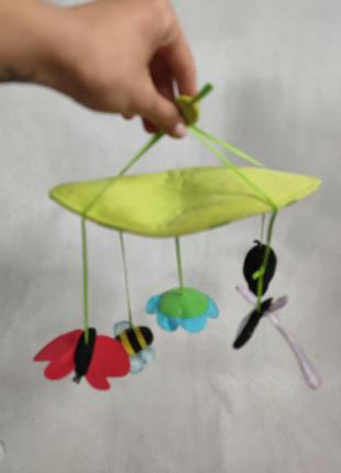 Іграшки на дитяче ліжечко або калясочку