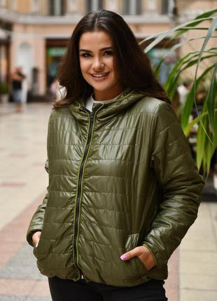 Куртка женская батал на осень демисезонная короткая черная белая
