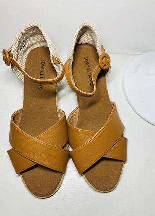 Босоножки женские на танкетке платформе сабо туфли 36 37 размер