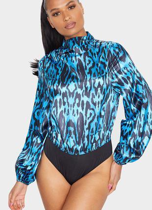 Атласное боди-блуза  с синим леопардовым принтом .👠🌹