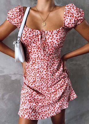 Крутое платье плаття сукня со сборкой на груди модное стльное нежное милое красивое червоне красное