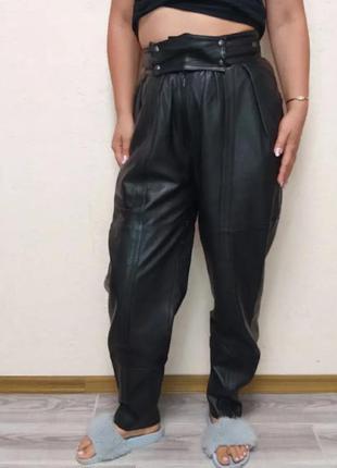 Кожа брюки боченки 38 р.