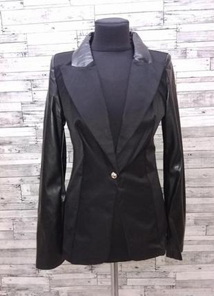 Черный пиджак с эко кожей