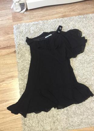 Нарядное ассиметричное платье zara