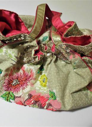 Необычная летняя сумка