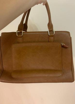 Коричневая женская стильная сумка