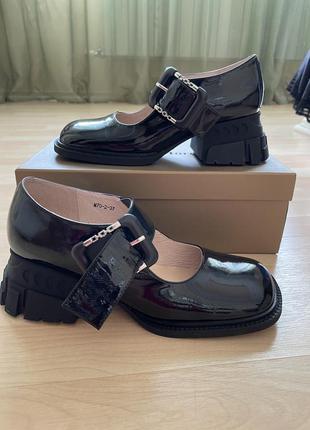 Шикарные туфли maria moro,натуральная лаковая кожа!
