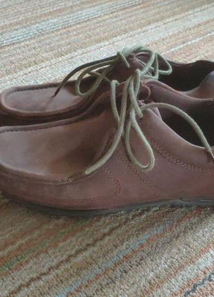 Кожаные ботинки туфли