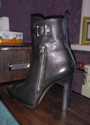 Кожаные ботинки, ботиночки, ботильоны