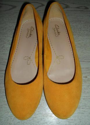 Стильные яркие балетки , туфли - мокасины