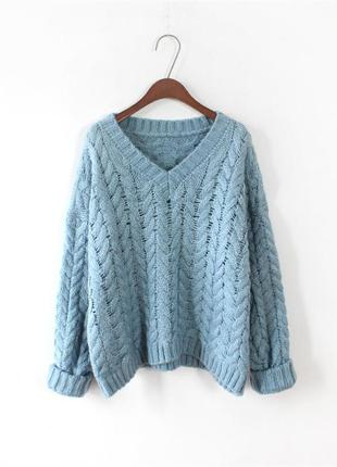Красивый свитер с крупными косами 💙