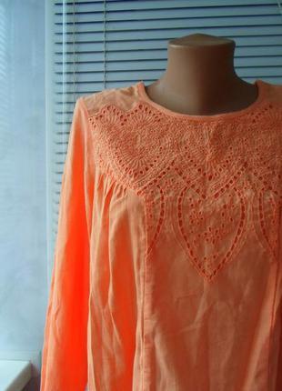 Красивая персиковая блуза , натуральная ткань