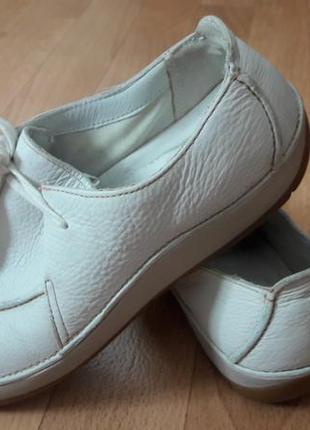 """clarks"".туфли-макасины кожа,белые."