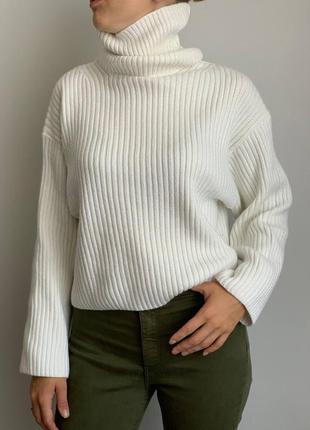 Белый шерстяной свитер h&m кофта гольф светер