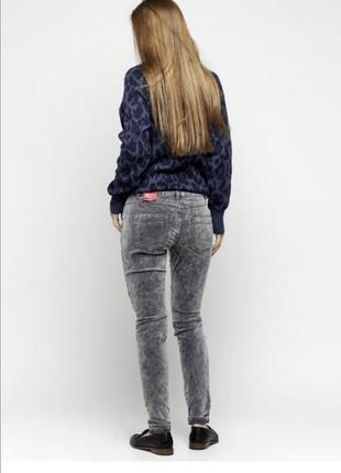 Микровильвет брюки s.oliver