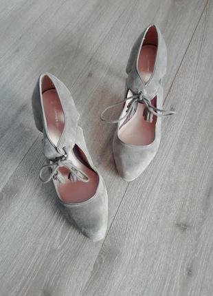 Туфли замша средний каблук серые ,38.5-39 размер