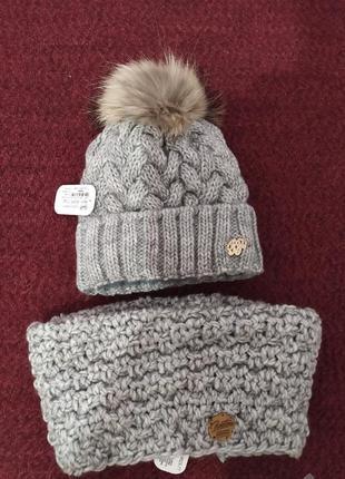 Зимняя теплая шапка из крупной вязки с натуральным бубоном + шарф-хомут