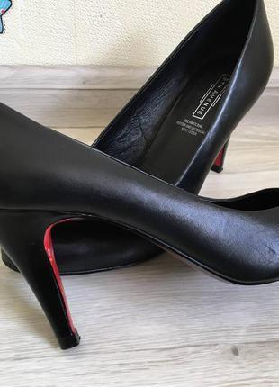 Шикарные кожаные туфли, лодочки