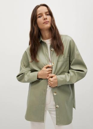 Куртка рубашка оверсайз из искусственной кожи