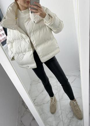 Воздушная белая теплая куртка пуф, дутый стеганый пуховик куртка