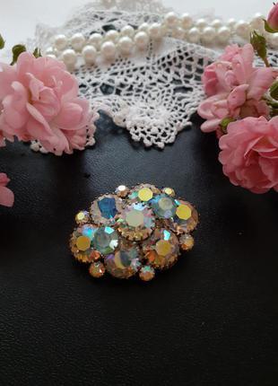 Брошь чехословакия винтаж 1960-е годы кристаллы аврора бореалис северное сияние овальная обьемная кристаллы художественное стекло винтаж чехия