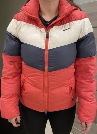 Куртка пуховик nike