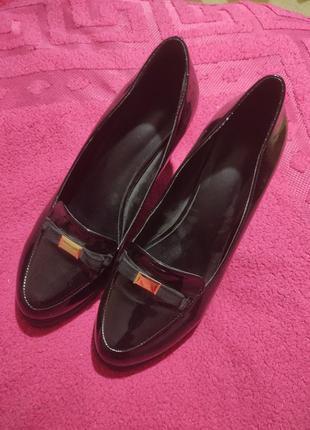 Мешти,туфлі