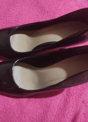 Туфлі иешти