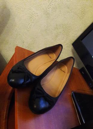 Оригинальные кожаные классические деловые женские туфли clarks