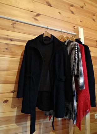 Шерстяне чорне пальто s-m