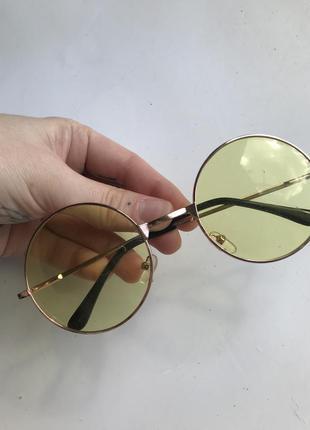 Круглые желтые очки