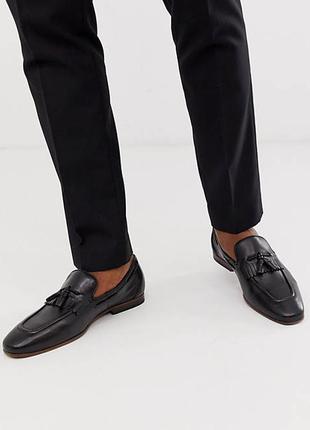 Черные кожаные лоферы  туфли мокасины  с кисточками asos