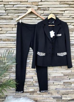 Moschino костюм италия