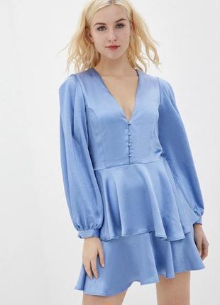 Шикарное атласное платье