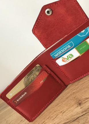Женский кожаный кошелёк на кнопке красный ручной работы