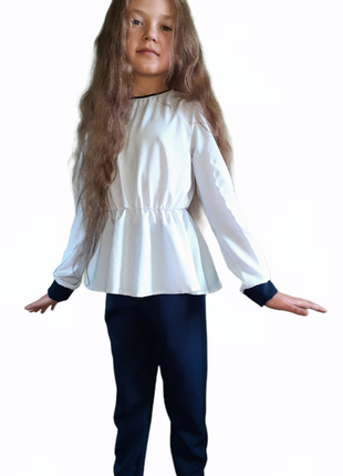 Школьный костюм блузка и брюки