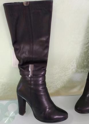 Зимние кожаные сапожки на цигейке 36р.