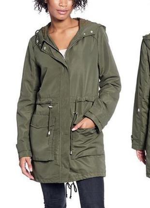 Длинная легкая куртка ветровка защитного цвета хаки с капюшоном карманами оверсайз батал