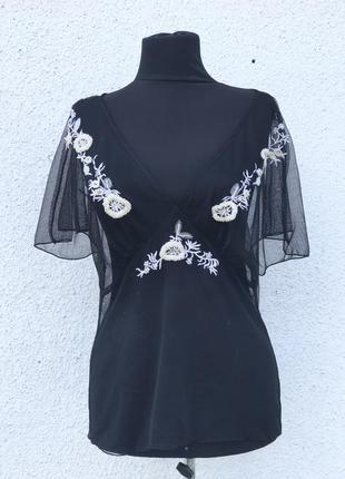 Шикарная дорогая блуза ручной роботы  нарядная