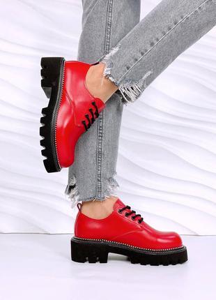 Женские туфли, кожаные туфли, красные туфли