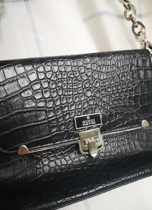 Классная чёрная сумочка под известный бренд, сумка багет