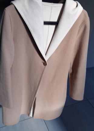 Пальто шерстяное uniqlo