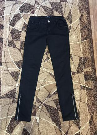Чёрные плотные джинсы скинни скини штаны брюки