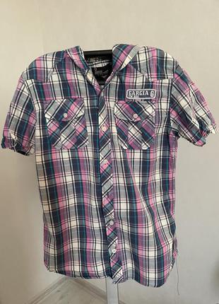 Рубашка тенниска с капюшоном