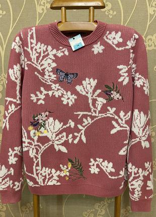 Очень красивый и стильный брендовый вязаный свитер в цветах и бабочках.