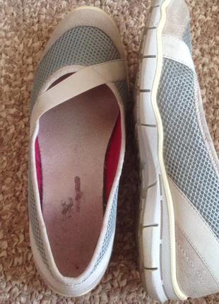 Спортивные туфли  италия