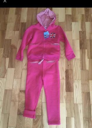 Тёплый костюм на флисе для девочки на рост 92-98,110-116