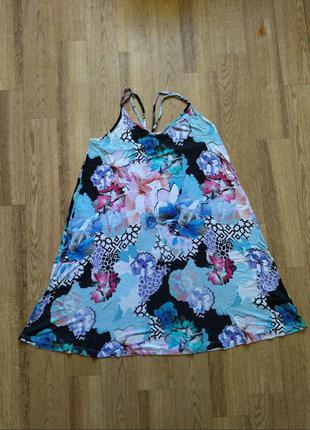 Легкий летний сарафан платье