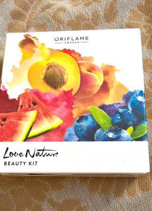 Поделиться:  набор для ухода за лицом love nature (сахарный скраб+маска+гель)