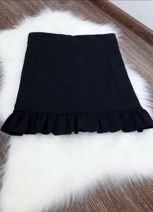 🌿 чёрная силуэтная юбка с рюшами